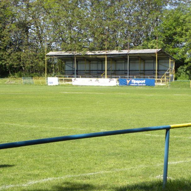 Futbalový štadión Kalinkovo