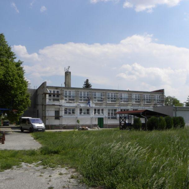 Rekonštrukcia fasády ZŠ